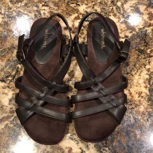 White mt. 8.5 brown sandal
